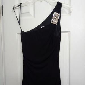 Like New, Cach'e, size 4, black formal dress